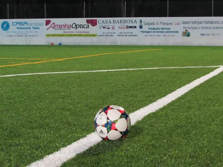 Campo de Futebol de St. Emilião