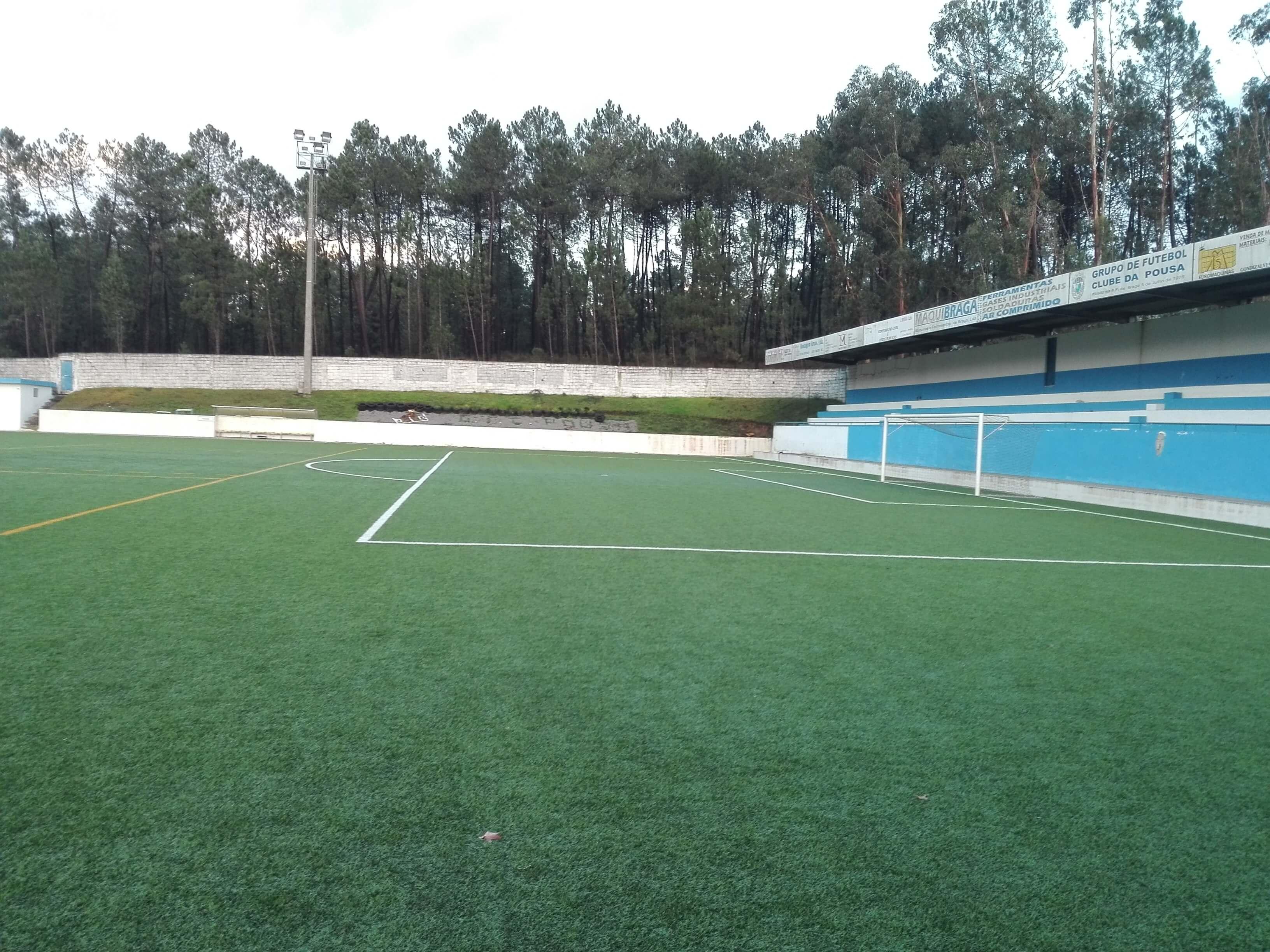 Campo de Futebol de Pousa