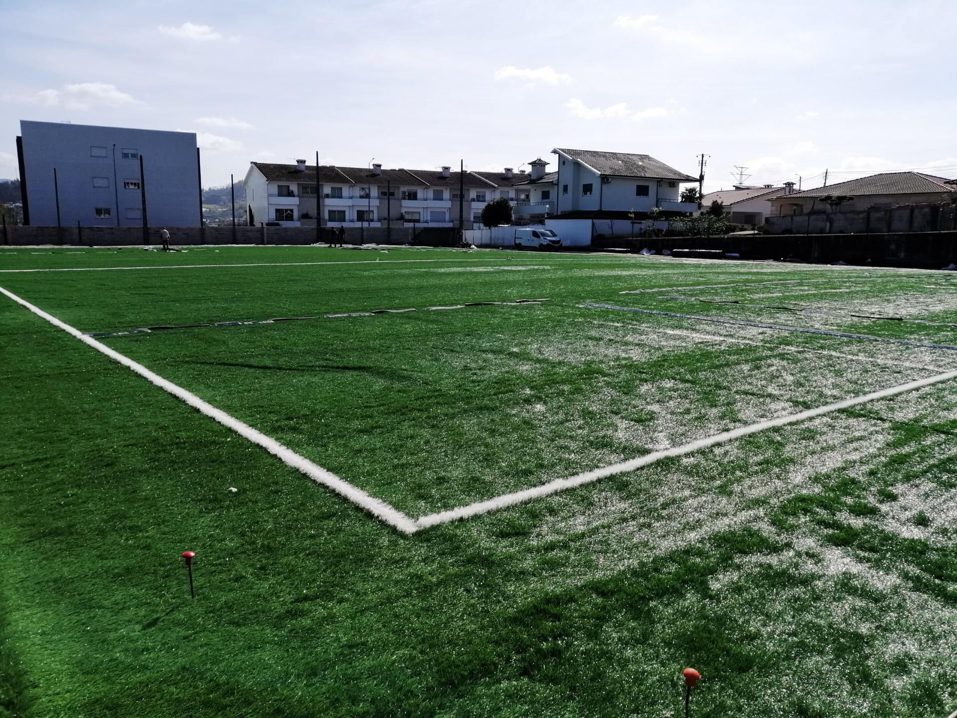 Relvado Sintético Campo de Futebol de Brito