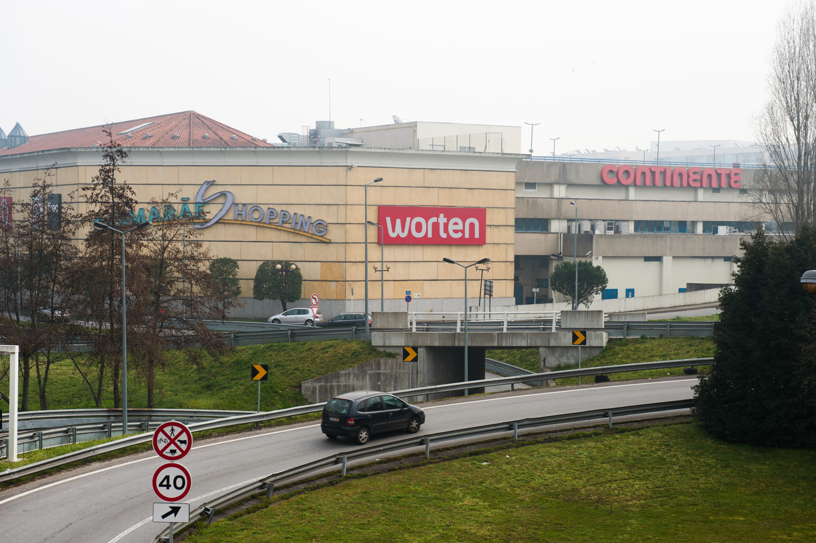 Guimarães Shopping Accesses